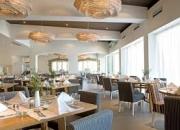 Trabajadores de experiencia Hotel Restaurante requiere para vivir y trabajar en Canadá.