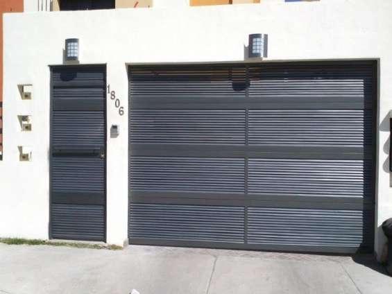 Puerta de garage de herrería