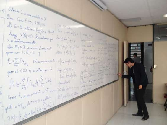 Asesorías de física, química y matemáticas