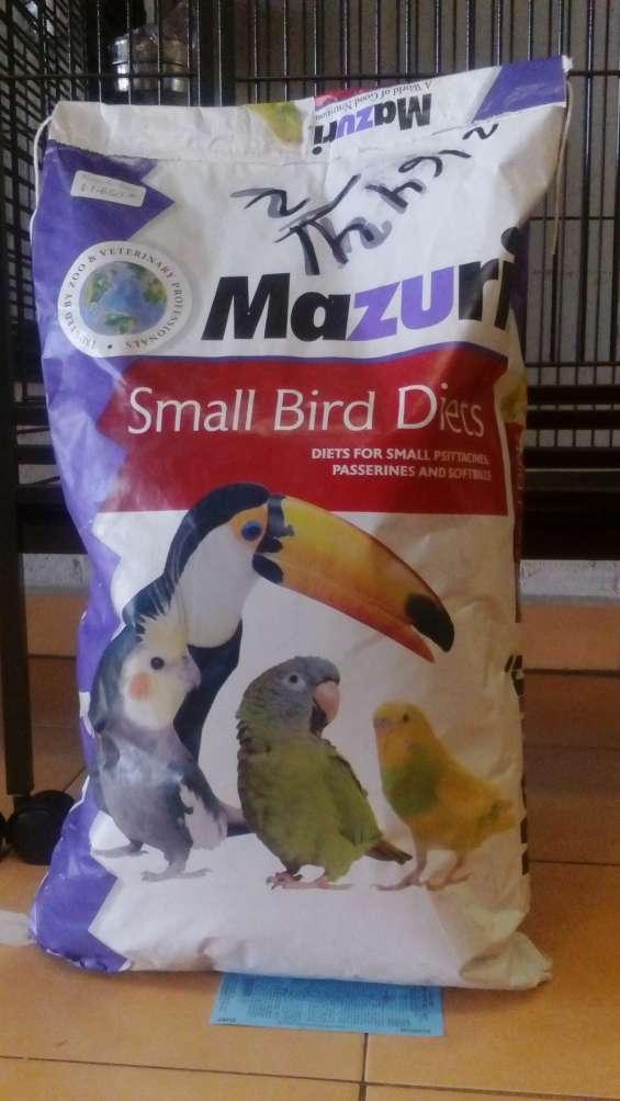 Alimento para tucan mazuri