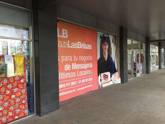 Local comercial en renta 112 m2 en plaza las brisas, tijuana bc.