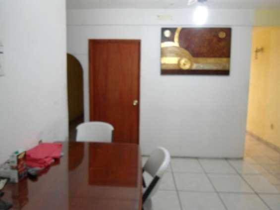 Rento habitacion amueblada para un grupo de amigos de 2 o 3 personas