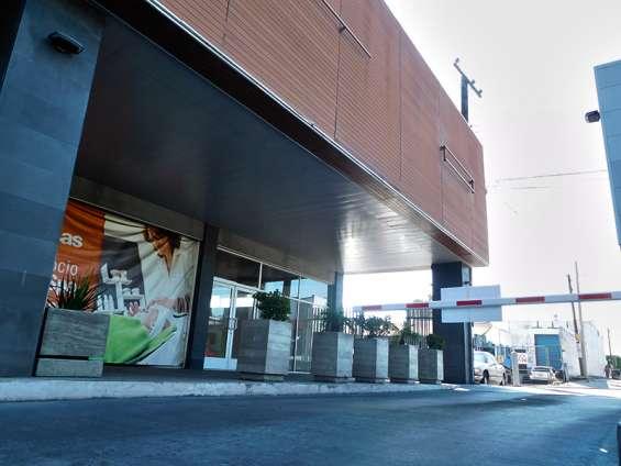 Fotos de Local comercial en renta  102 m2 en plaza las brisas, tijuana bc. 2