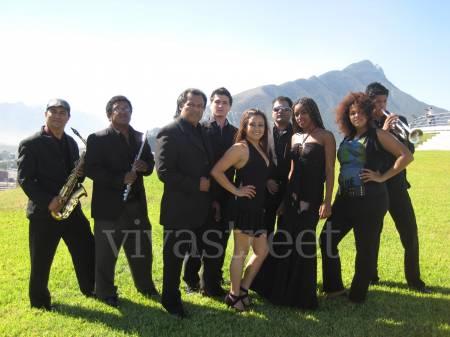 "Fotos de Grupo de salsa "" fusion - latina "" 2"