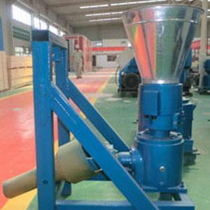 Fotos de Máquina para pellets con madera 230 mm pto 120-200 kg/h - mkfd230p 3