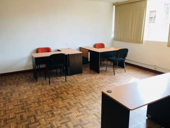Renta de oficinas amuebladas en diferentes zona en león