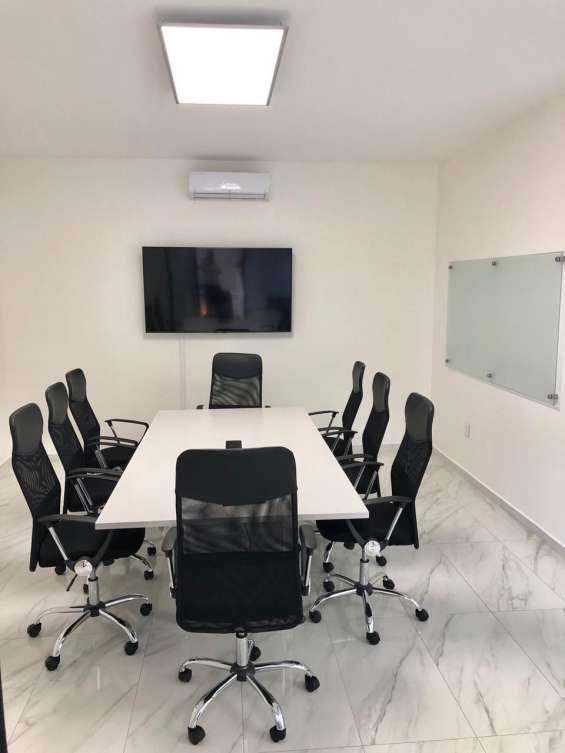 Tenemos sala de juntas equipadas para que tus capacitaciones o cursos sean un éxito.!!